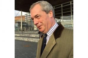 Nigel Farage accepts EU membership debate challenge from Alex Salmond